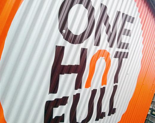 OneHutFull: Brand, Campaign & Website